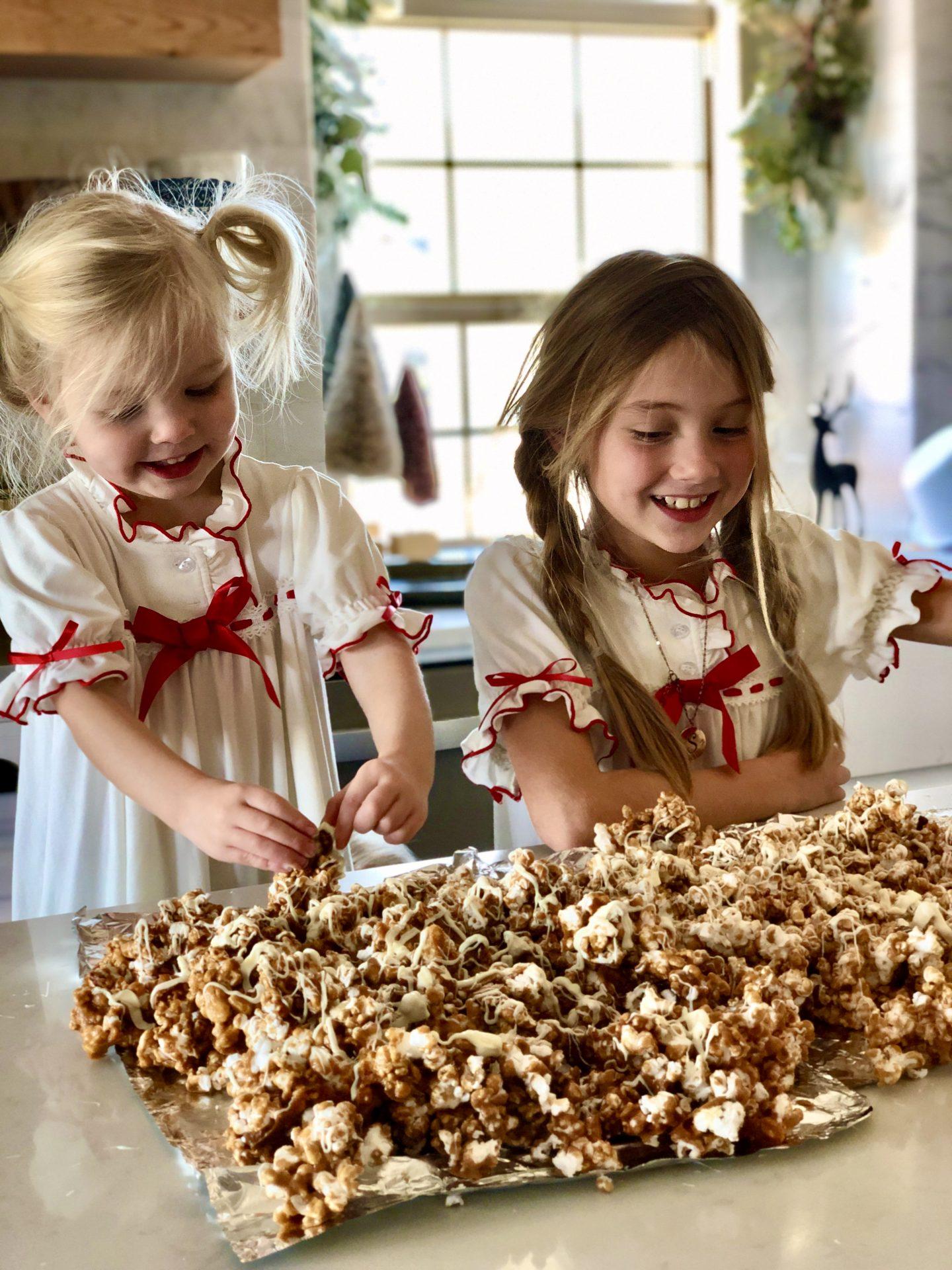 Cinnabun Popcorn– Easy Recipe!